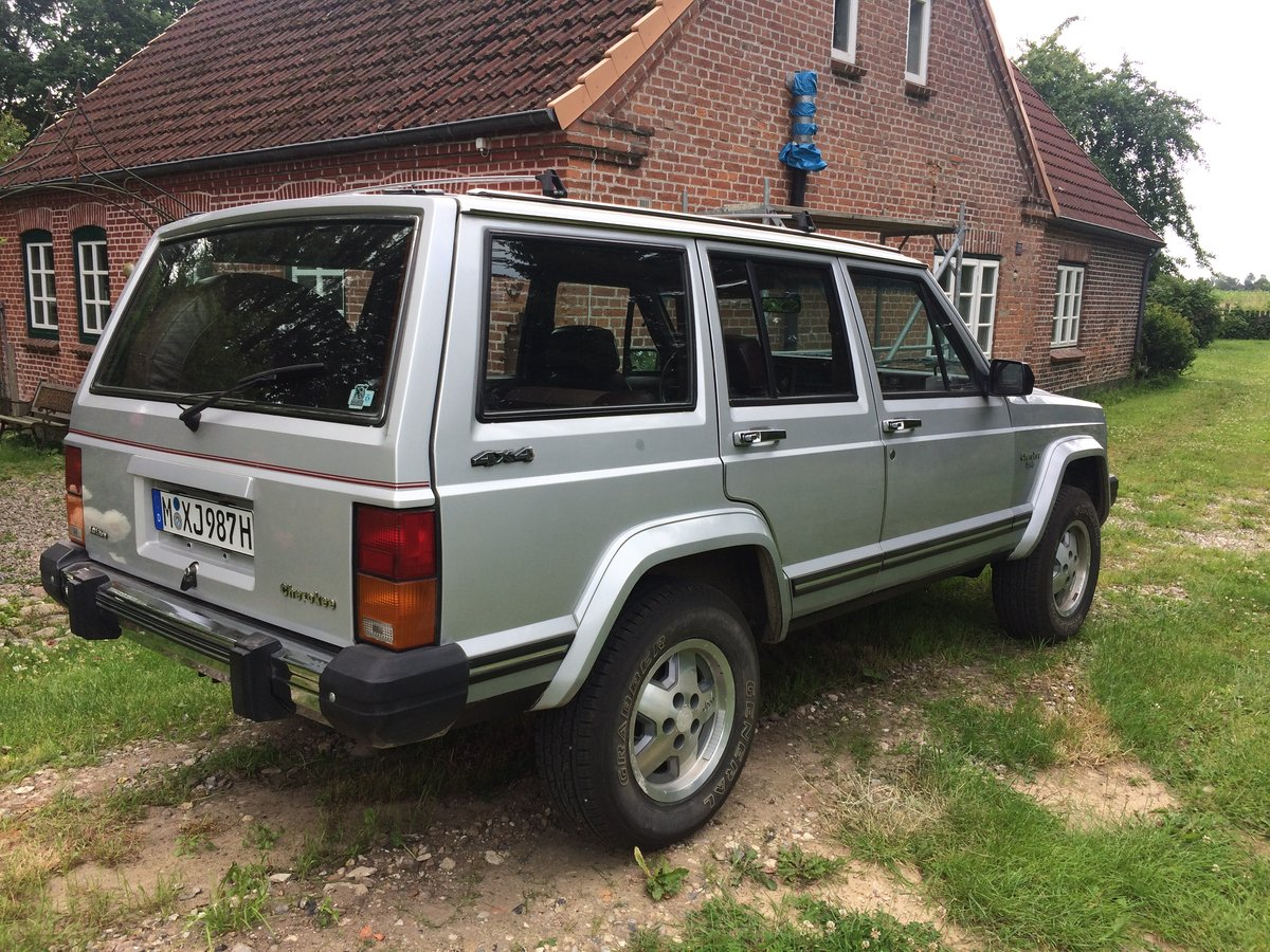 1987 Jeep Cherokee XJ 4.0 For Sale (picture 2 of 6)