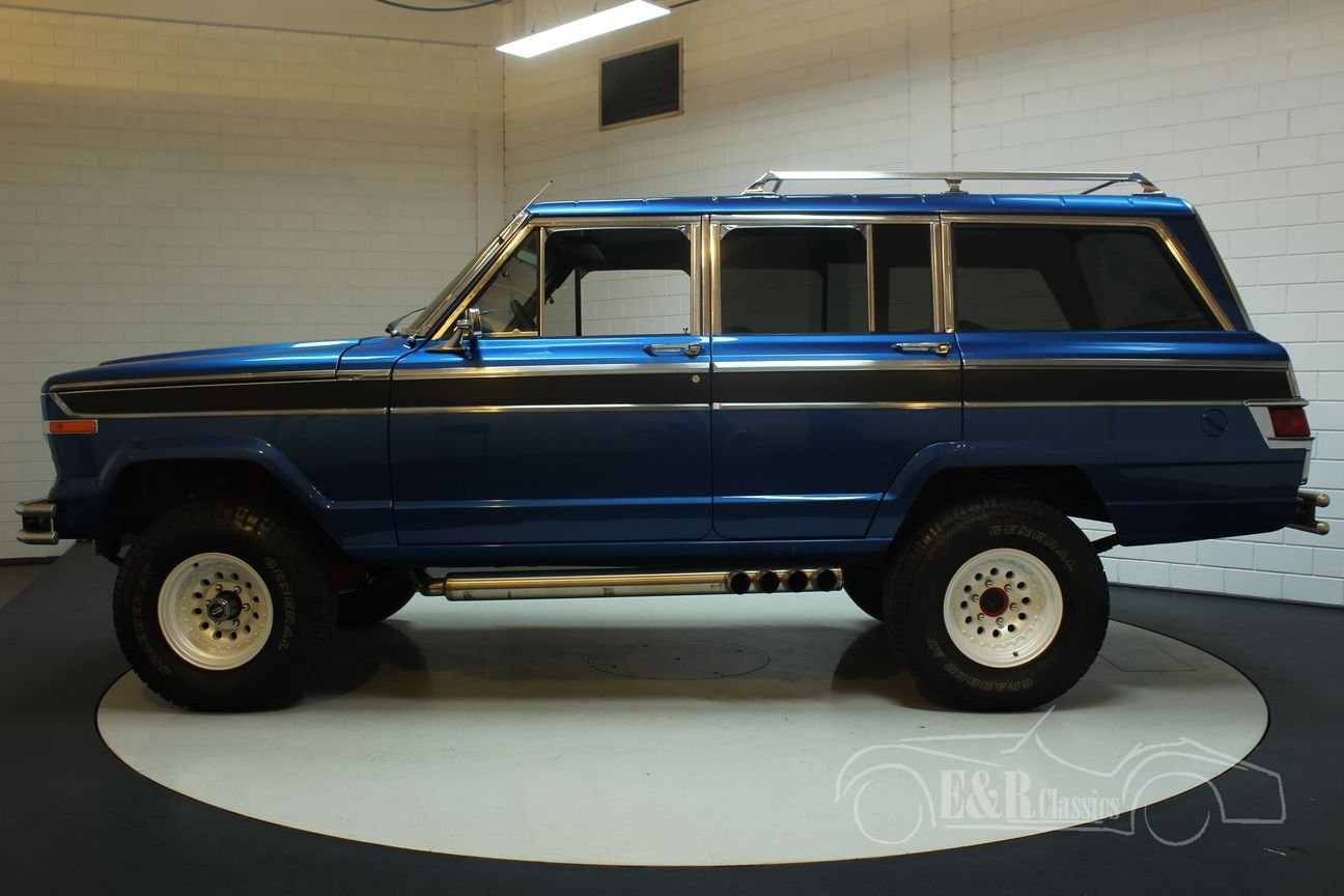 Jeep Wagoneer 1976 Body off restored For Sale (picture 4 of 6)