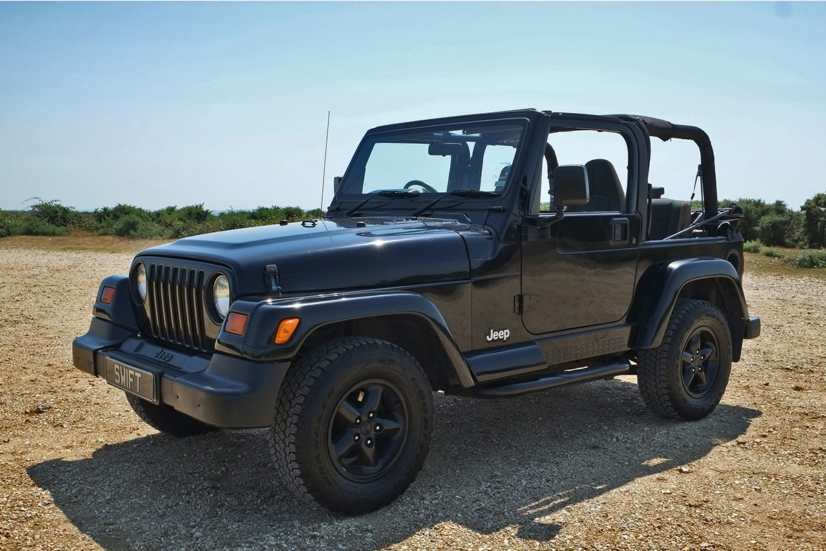 1997 Jeep Wrangler Sahara 4.0 Manual Classic 4x4 For Sale (picture 2 of 6)