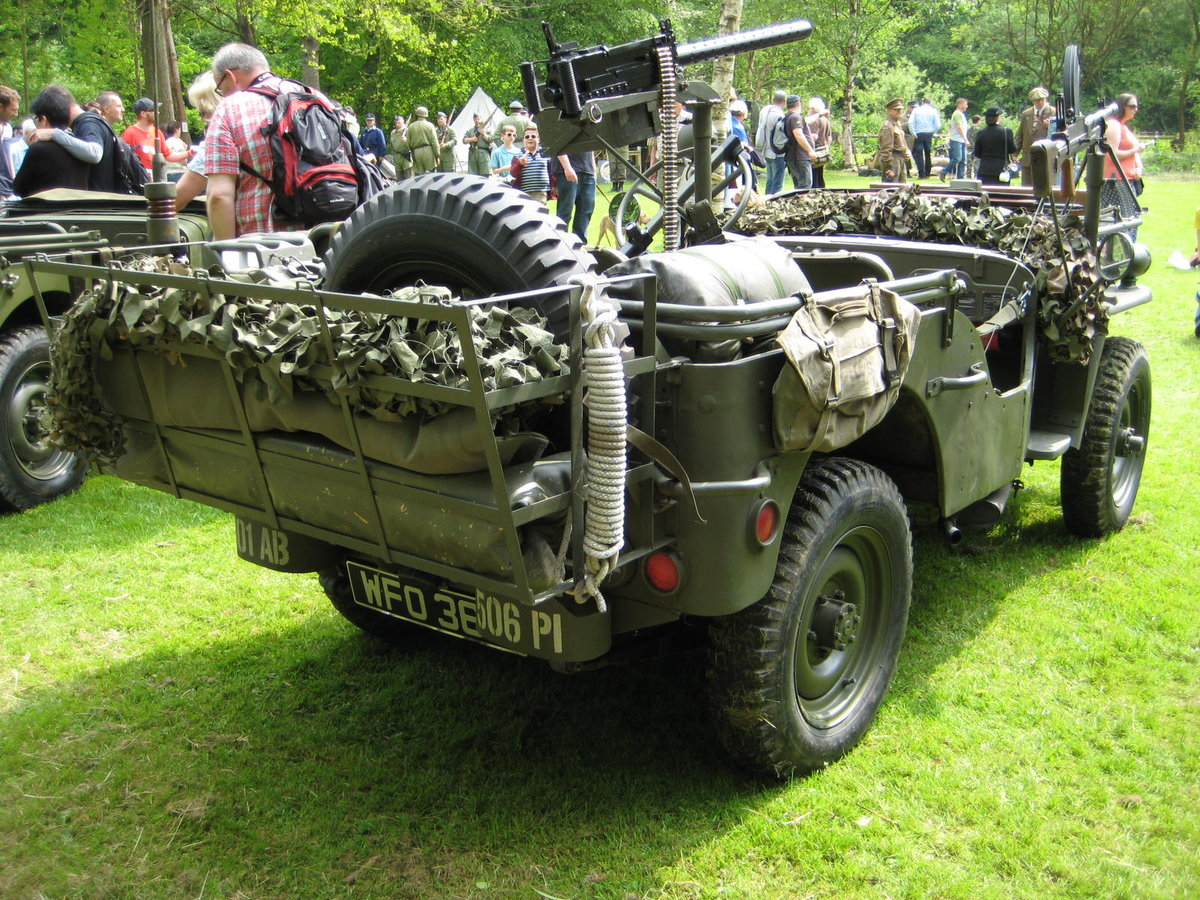 1960 Willys-Hotchkiss WW2 dressed Jeep For Sale (picture 3 of 6)