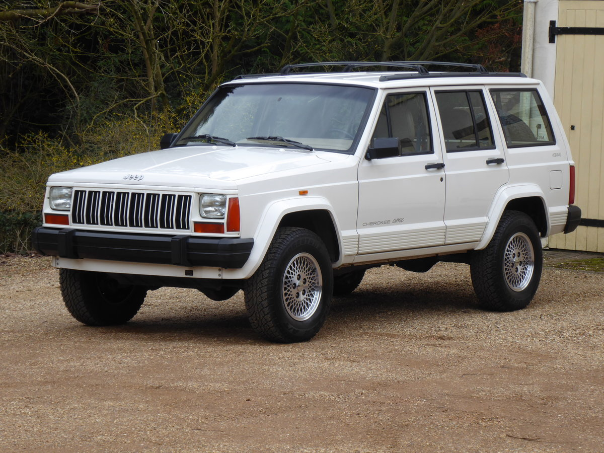 1996 Jeep Cherokee XJ 4.0 Rare Manual ! Low Mileage For Sale (picture 2 of 6)