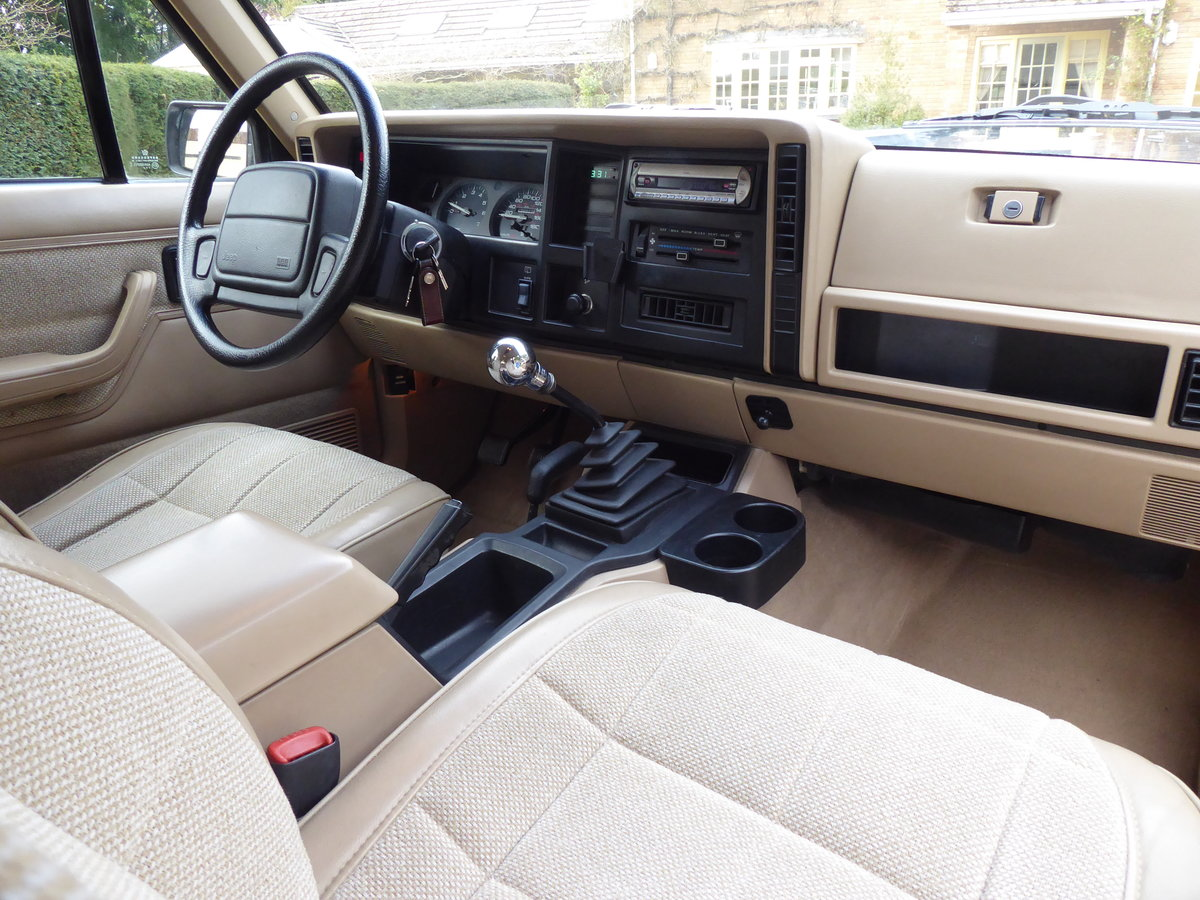 1996 Jeep Cherokee XJ 4.0 Rare Manual ! Low Mileage For Sale (picture 3 of 6)