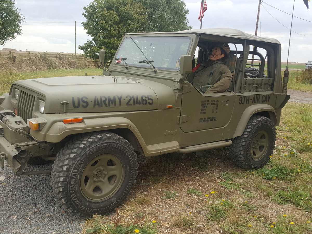"1995 Jeep Wrangler ""Army"" 4.0l Manual For Sale (picture 1 of 6)"
