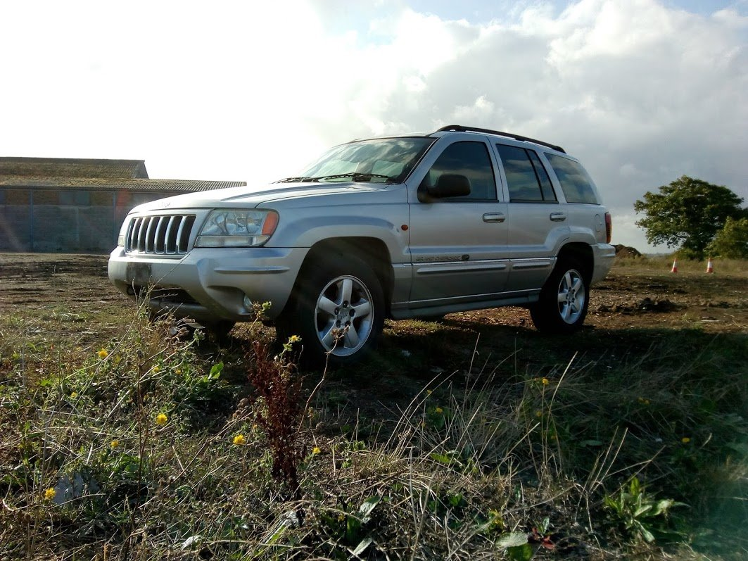 2003 Jeep Grand Cherokee Overland 4.7 V8 For Sale (picture 1 of 6)