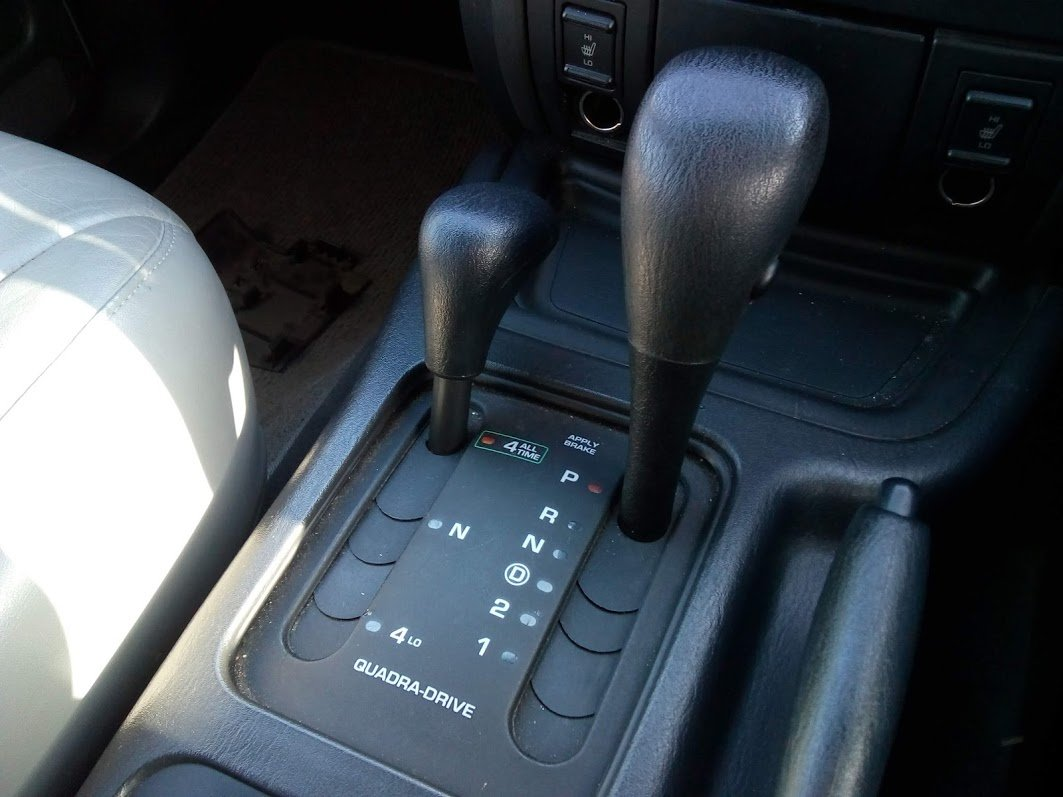 2003 Jeep Grand Cherokee Overland 4.7 V8 For Sale (picture 5 of 6)