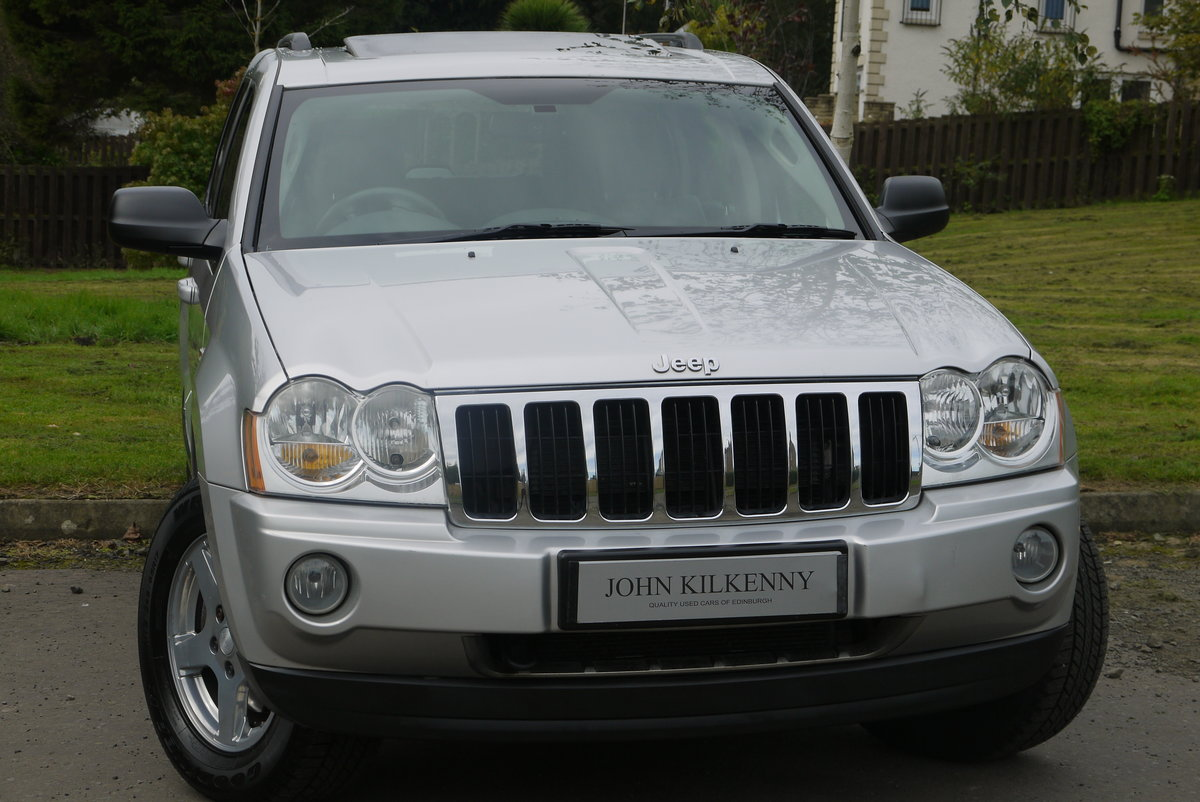 2006 JEEP GRAND CHEROKEE 5.7 V8 HEMI LIMITED **ONLY 67000 MILES** For Sale (picture 1 of 6)