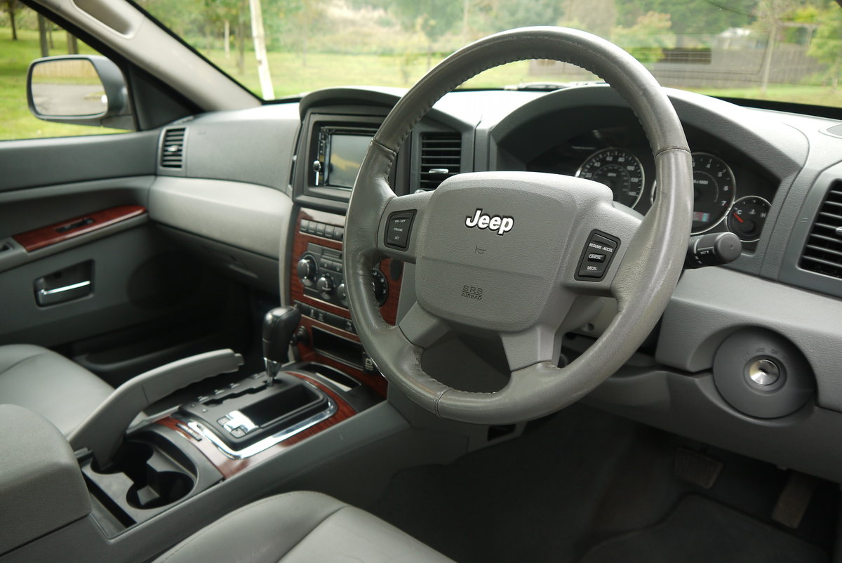 2006 JEEP GRAND CHEROKEE 5.7 V8 HEMI LIMITED **ONLY 67000 MILES** For Sale (picture 5 of 6)