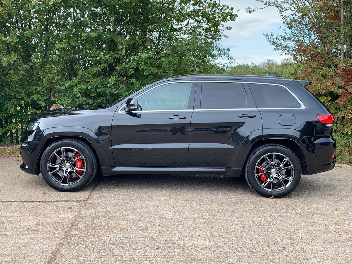 2013 JEEP GRAND CHEROKEE 6.4 HEMI SRT8 5D AUTO 461 BHP For Sale (picture 4 of 5)