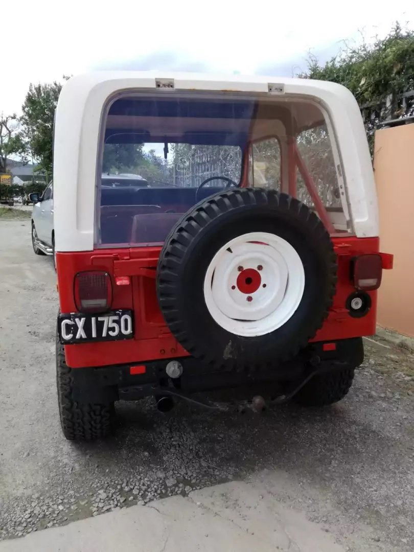 1977 Jeep CJ7 258 c.i. (4.2 L) Auto with AWD RHD For Sale (picture 4 of 6)