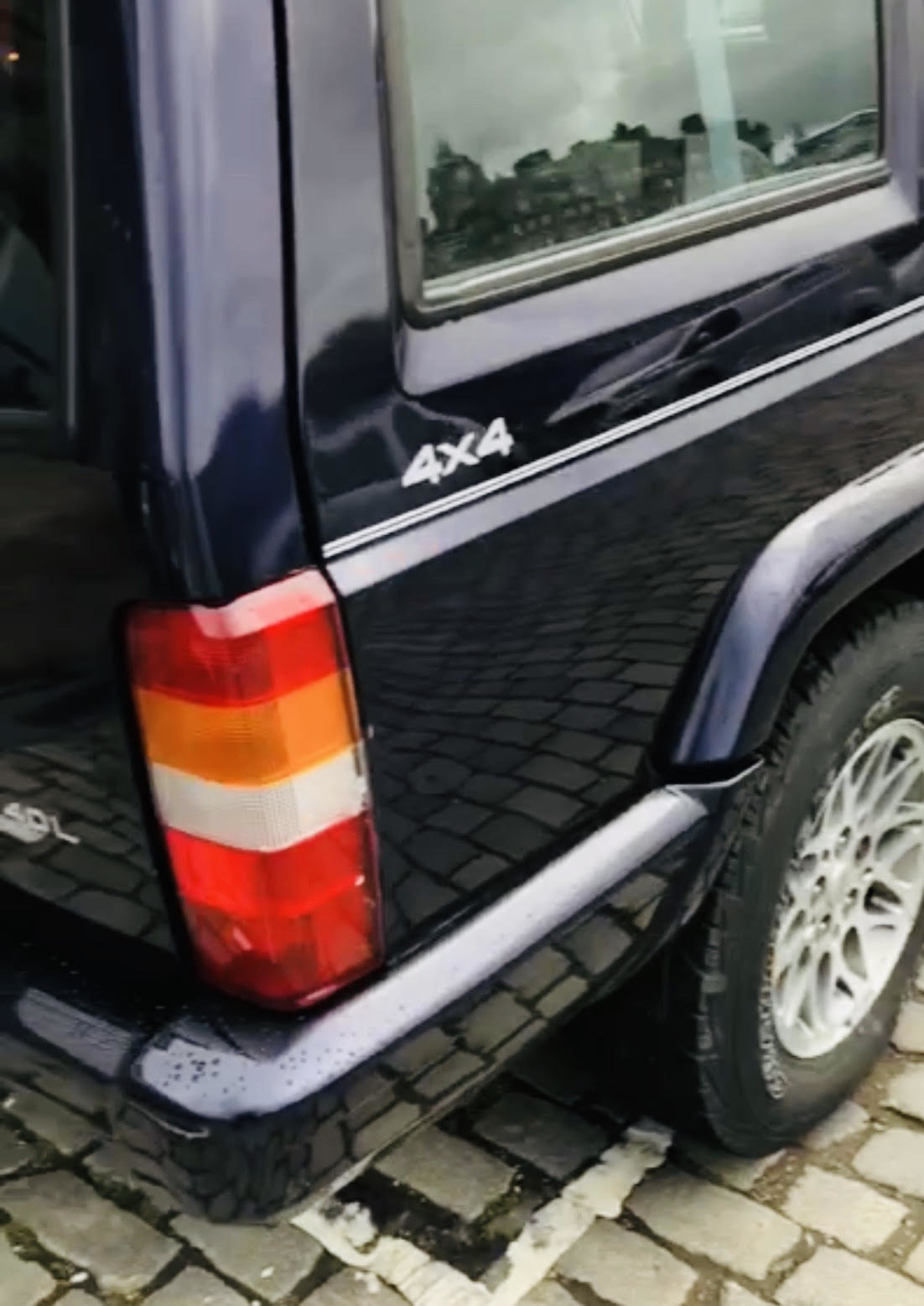 1999 Jeep cherokee, low mileage, full service history For Sale (picture 2 of 4)