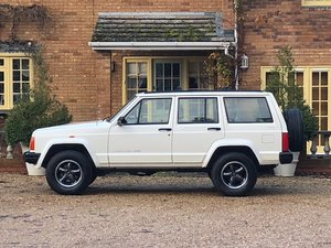 1996 Jeep Cherokee XJ 4.0 Manual 5 Speed Very Rare Immaculate LHD For Sale