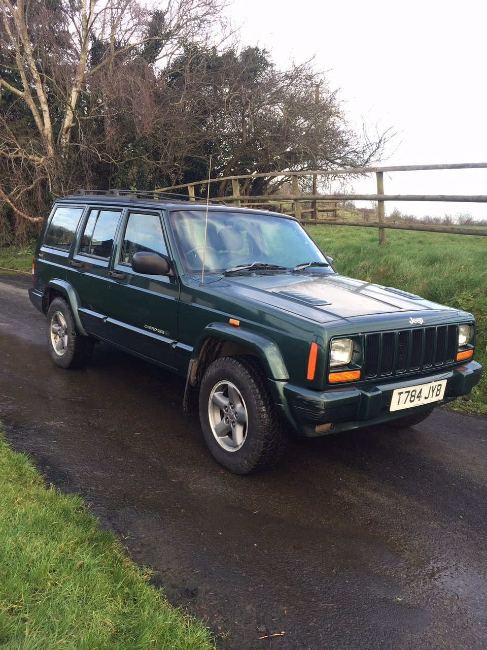 """1999 Jeep Cherokee 4.0 """"Orvis"""" Auto  SOLD (picture 1 of 6)"""