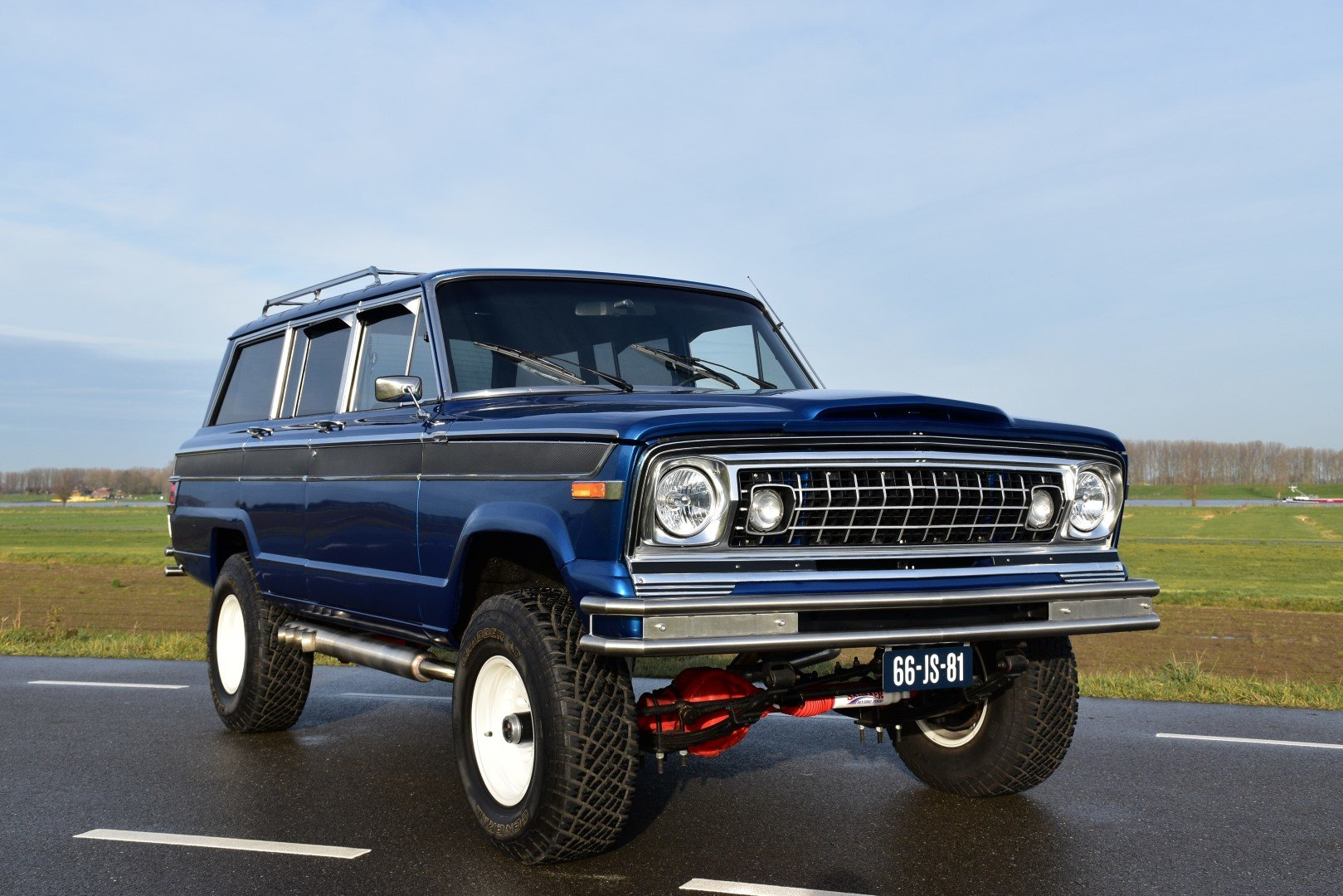 1976 Jeep Wagoneer 5.6 liter V8 For Sale (picture 1 of 6)