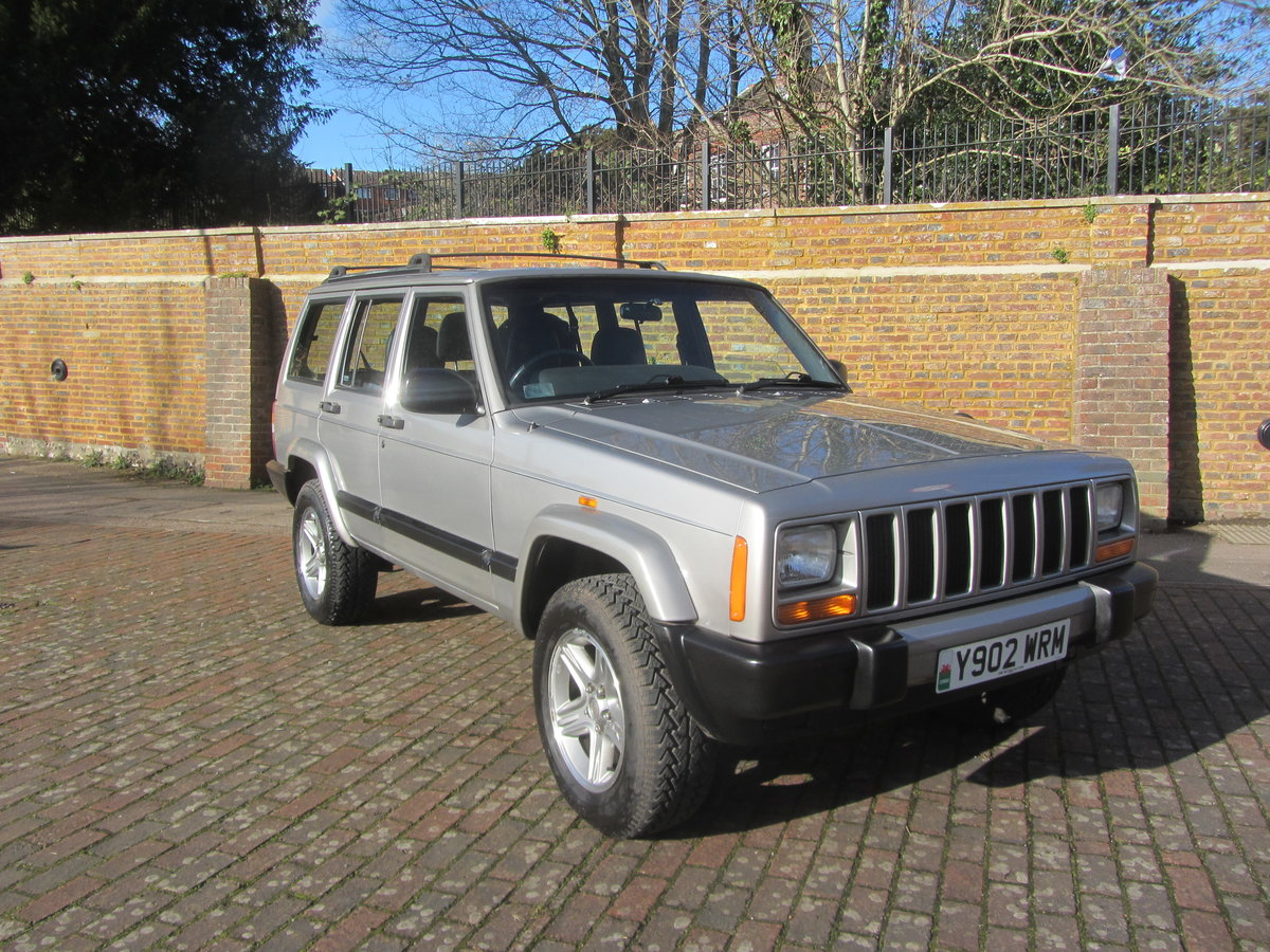 Jeep Cherokee 60th anniversary XJ 2001 Diesel  SOLD (picture 1 of 6)