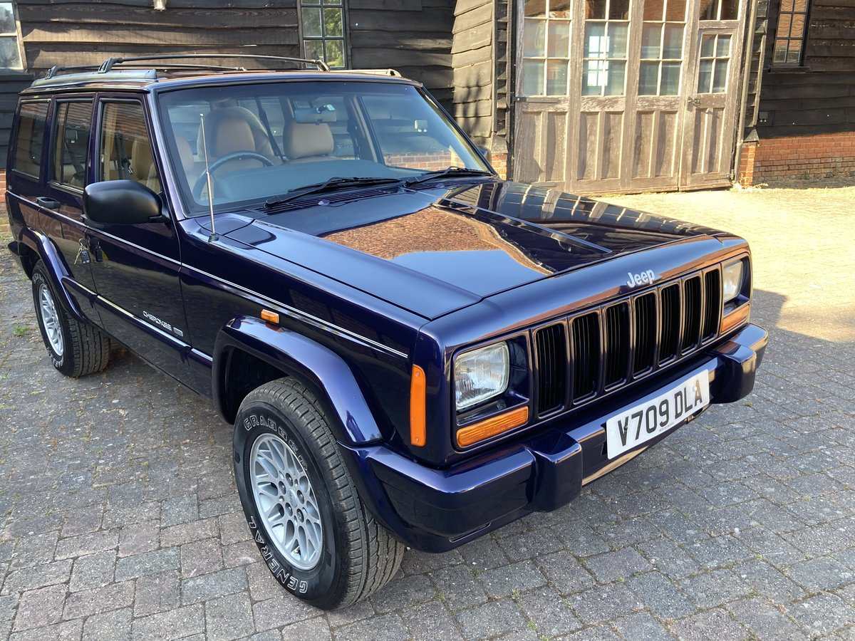1999 rare low recorded mileage stunning looking example  For Sale (picture 1 of 6)