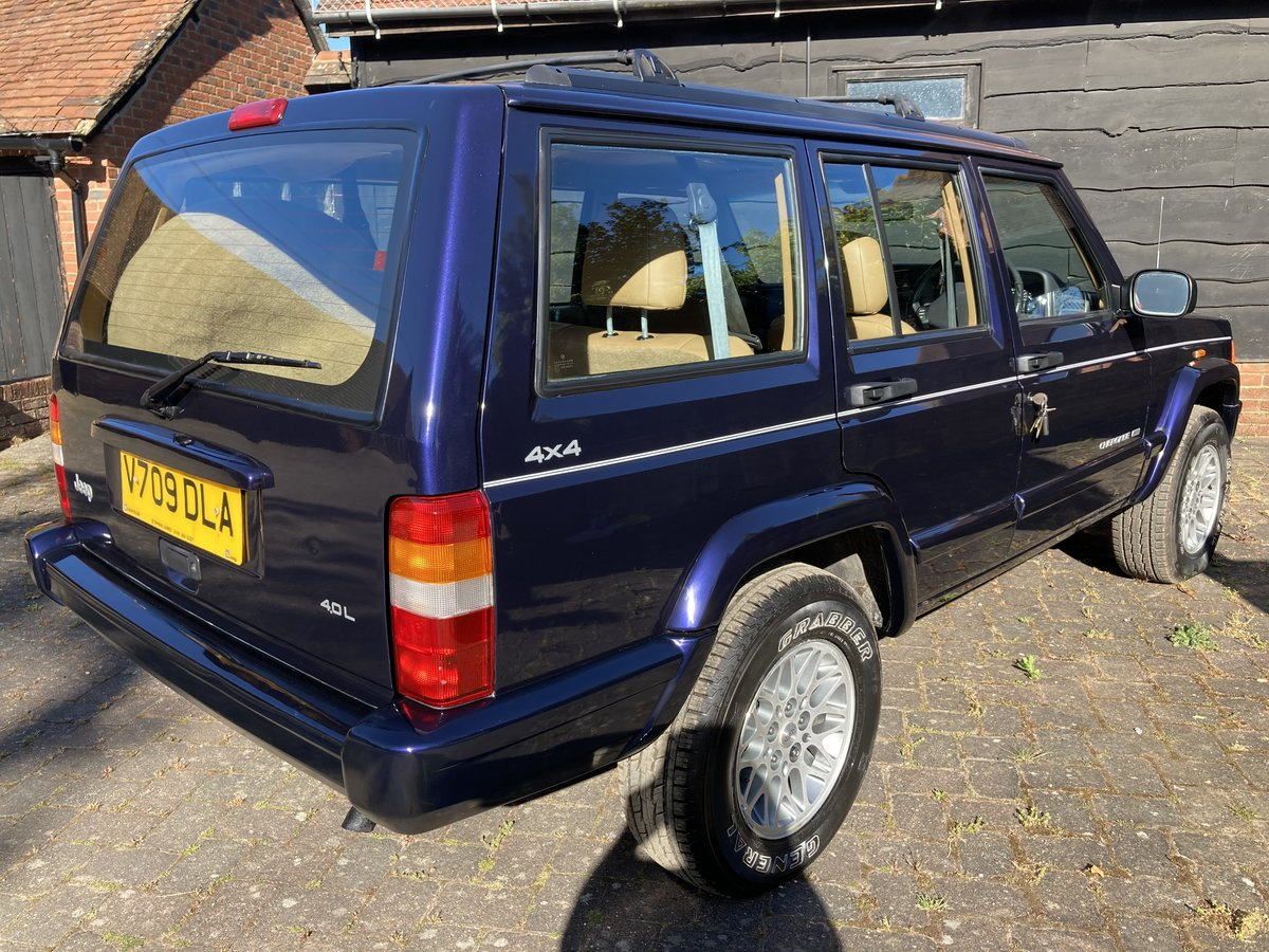 1999 rare low recorded mileage stunning looking example  For Sale (picture 6 of 6)