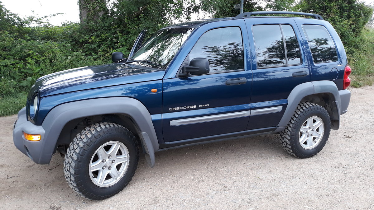 2001 Jeep cherokee 2.5 crd sport 4x4 SOLD (picture 2 of 6)