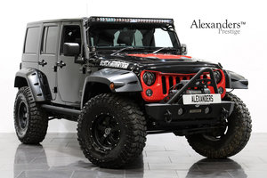 17 67  JEEP WRANGLER OVERLAND BLACK MOUNTAIN AUTO