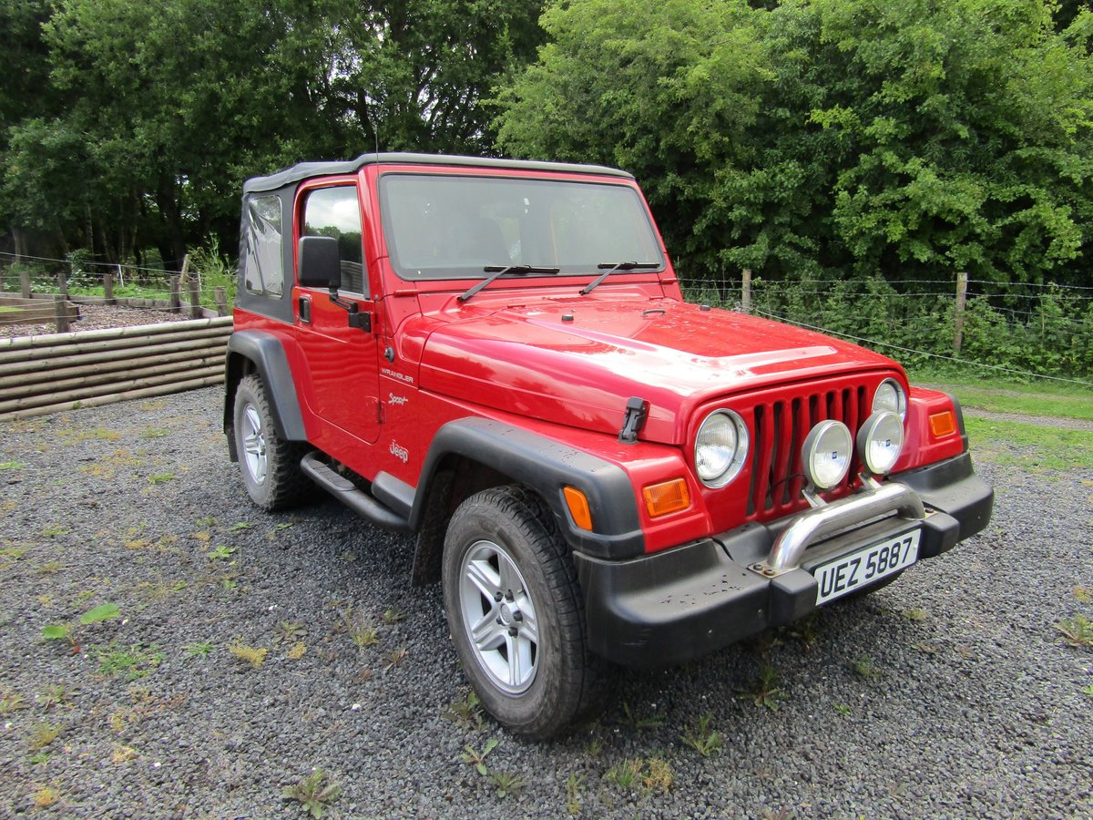 2000 Chrysler Jeep Wrangler Sport (2.5 TJ) Red. 4 x 4  SOLD (picture 1 of 6)