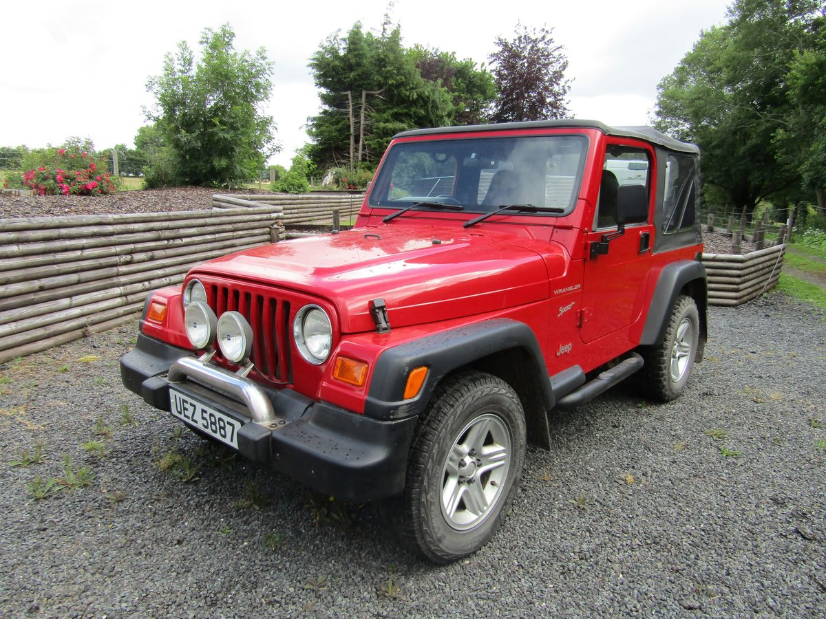 2000 Chrysler Jeep Wrangler Sport (2.5 TJ) Red. 4 x 4  SOLD (picture 2 of 6)