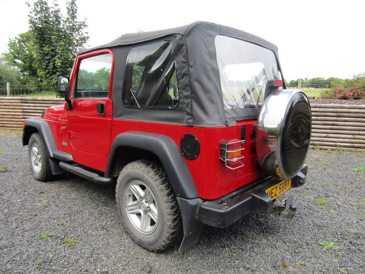 2000 Chrysler Jeep Wrangler Sport (2.5 TJ) Red. 4 x 4  SOLD (picture 3 of 6)
