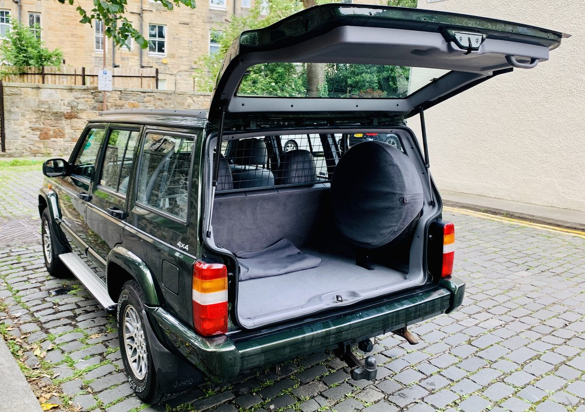 1998 Jeep Cherokee XJ Limited Low Mileage Immaculate For Sale (picture 2 of 6)
