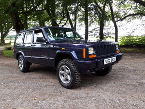 Picture of 1998 Jeep cherokee orvis 4.0 auto 100k miles