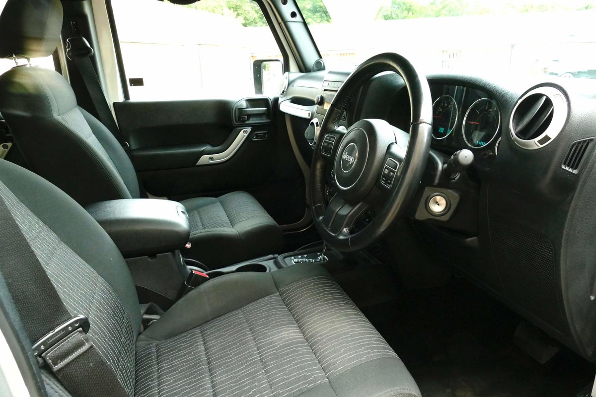 2011 JEEP WRANGLER 2.8TDI WILD A E V Edition Sahara For Sale (picture 3 of 5)