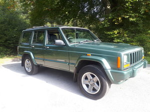 Picture of Jeep cherokee orvis 2.5 td 84k miles 2000