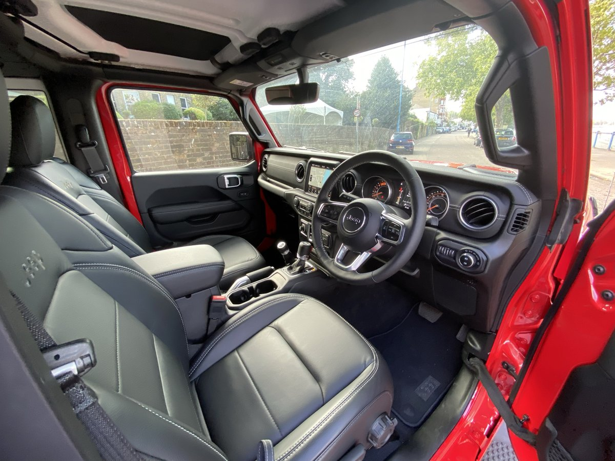 Save over £10k Jeep Wrangler 2020 Auto Overland For Sale (picture 5 of 6)