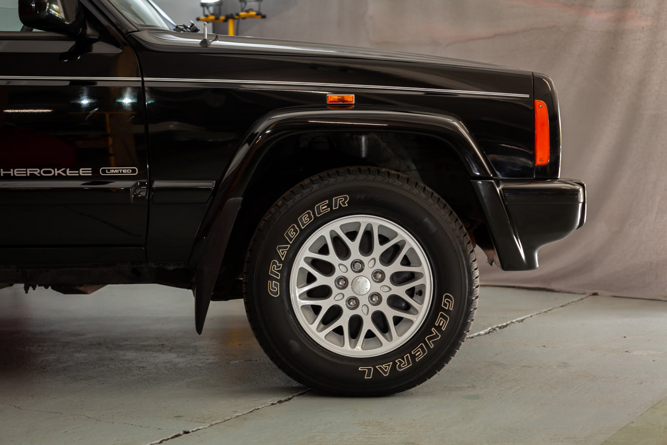 1997 Jeep Cherokee XJ 4.0 Limited  For Sale (picture 16 of 23)