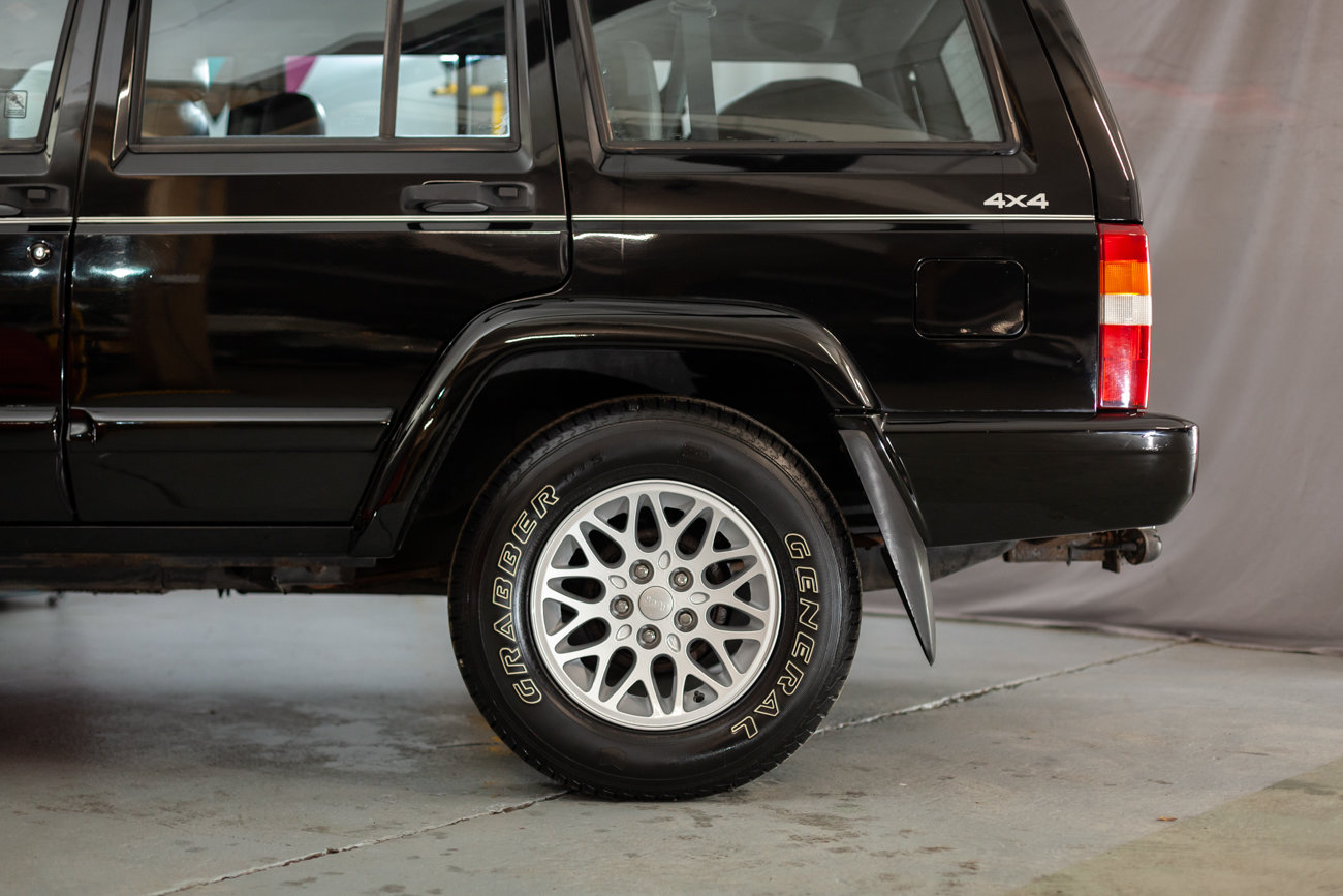 1997 Jeep Cherokee XJ 4.0 Limited  For Sale (picture 21 of 23)
