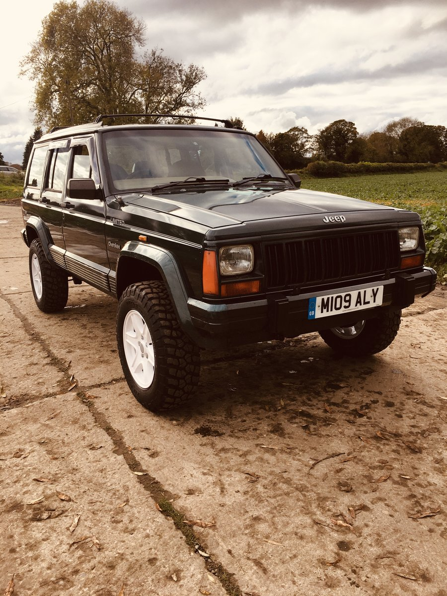1994 Great Honest Jeep Cherokee XJ 4.0L with LPG For Sale (picture 1 of 6)