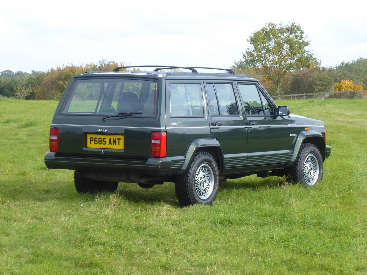 1996 Jeep Cherokee XJ 4.0 Limited 64k Superb Example 4WD For Sale (picture 2 of 6)
