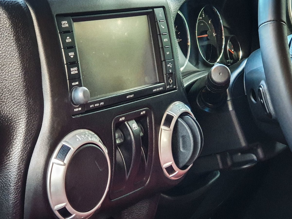 2015 JEEP WRANGLER For Sale (picture 15 of 20)