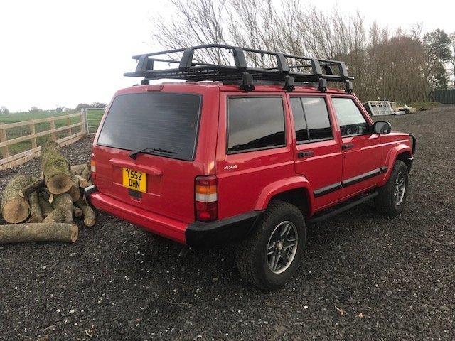 2001 Jeep Cherokee XJ Sport 4.0 Auto For Sale (picture 2 of 12)