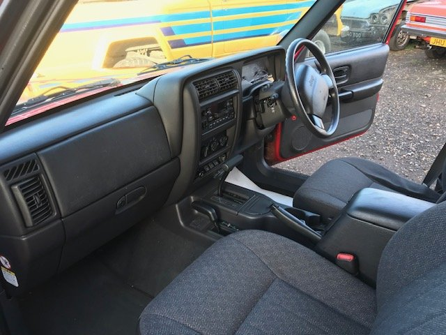 2001 Jeep Cherokee XJ Sport 4.0 Auto For Sale (picture 12 of 12)