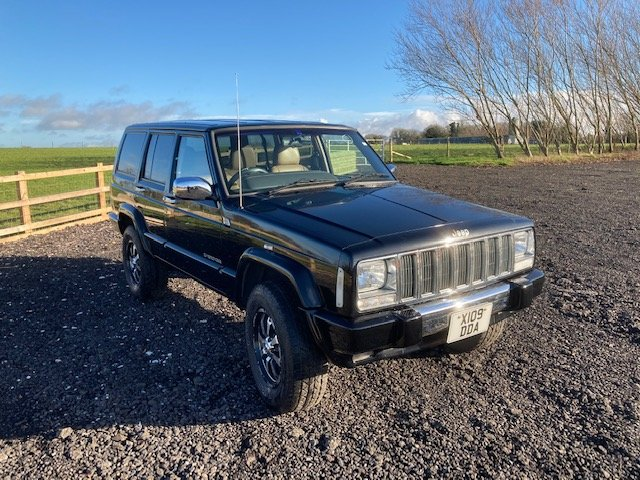 2000 Jeep Cherokee XJ 4.0 Auto , rust free For Sale (picture 2 of 12)