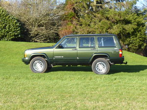 Picture of 1997 Jeep Cherokee XJ 4.0 Limited Auto Full Service History