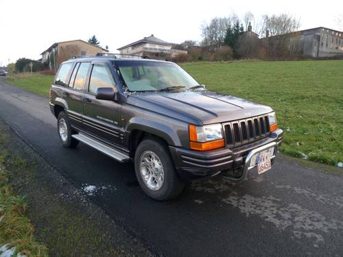 1996 Jeep Grand Cherokee 4.0i Auto Limited RHD orig. 112140 mls For Sale (picture 1 of 6)