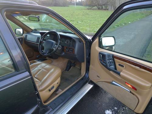 1996 Jeep Grand Cherokee 4.0i Auto Limited RHD orig. 112140 mls For Sale (picture 6 of 6)