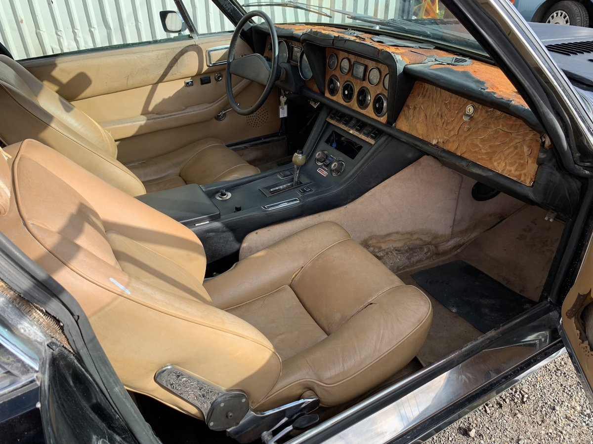 1975 JENSEN INTERCEPTOR LHD  SOLD (picture 4 of 6)