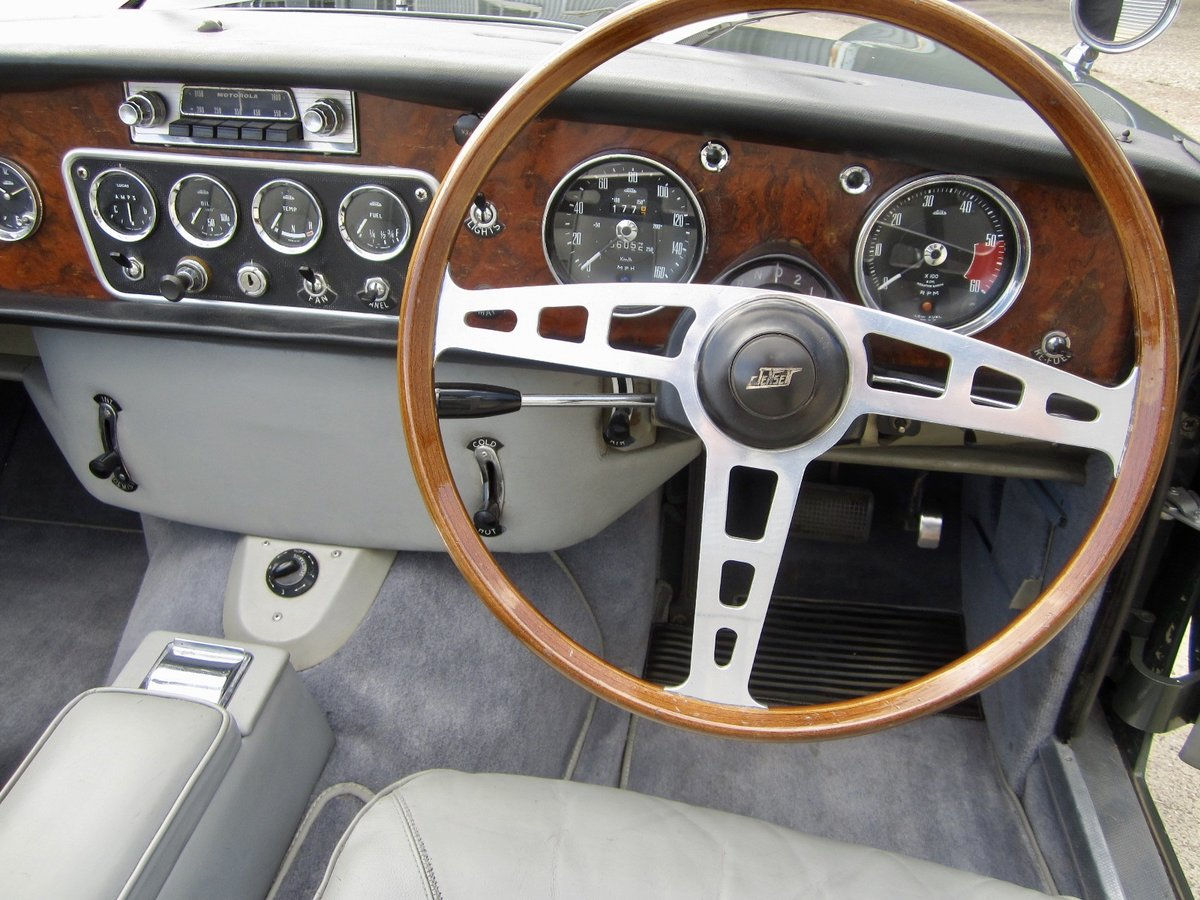 1965 Jensen CV8 Convertible (The only factory Convertible) For Sale (picture 5 of 6)