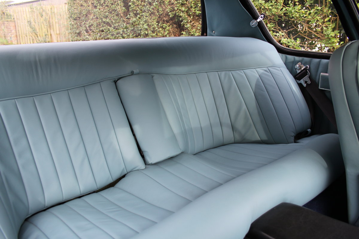 1967 Jensen FF Vignale MkI, One of eight remaining For Sale (picture 14 of 23)