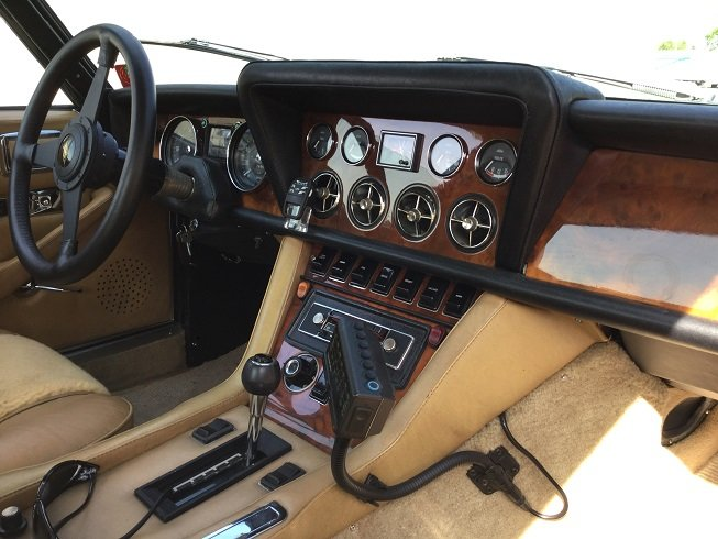 1976 A rare Interceptor COUPE For Sale (picture 6 of 6)