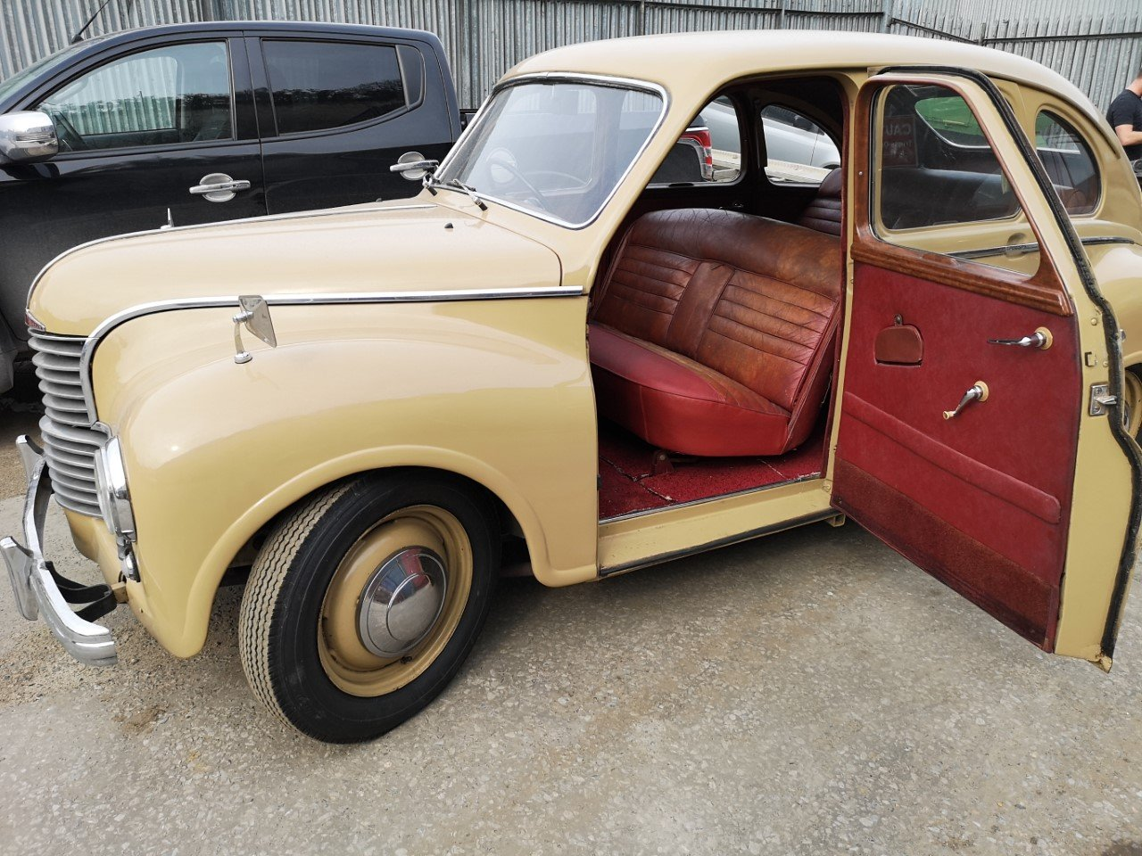 1953 Jowett Javelin Classic historic car, Saloon For Sale (picture 3 of 6)