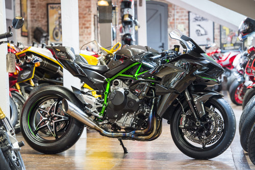 2015 NINJA H2R 300BHP SUPERCHARGED   For Sale (picture 1 of 6)