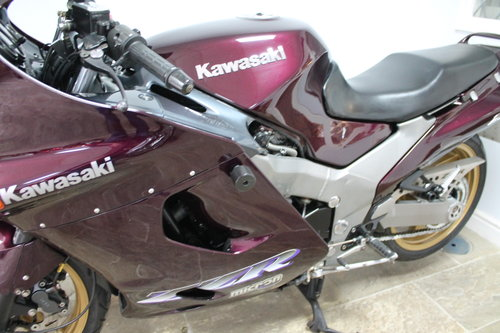 1997 KAWASAKI ZZR1100 D5 Low mileage 22,000. Lovely,  For Sale (picture 6 of 6)