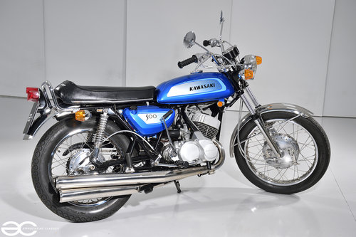 1971 A Beautifully Restored Kawasaki H1-A - over £17k in receipts SOLD (picture 3 of 6)