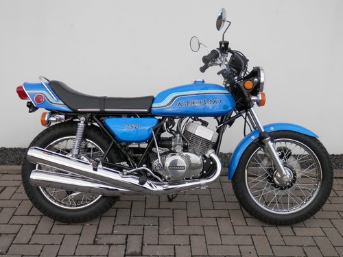 1972 Kawasaki 750 H2 Mach IV nut and bolt restored For Sale (picture 1 of 6)
